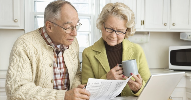 Можно ли пенсионерам работать неофициально