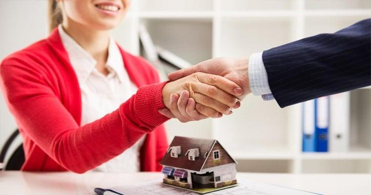 Кредиты с поручителем под залог недвижимости тинькофф онлайн заявка кредит карта