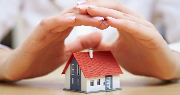 84407f138460 Когда наступают финансовые трудности и помощи ждать неоткуда, многие готовы  пойти на крайние меры и взять кредит в ломбарде под залог недвижимости.