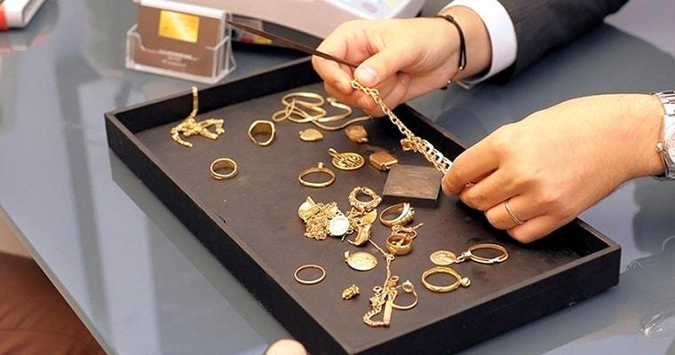 Деньги под залог ювелирных украшений купить иномарку автосалоны москвы